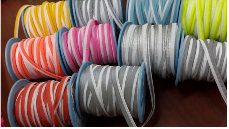 100y/rolle Hohe sichtbarkeit Reflektierende Piping Streifen Flechten Trim Reflektierende Cords Nähen Auf Bekleidungs Rand-in Schnüre aus Heim und Garten bei  Gruppe 1
