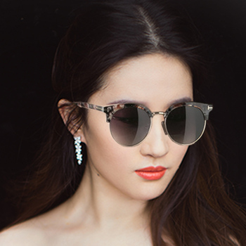 c5cedae3e595 S3059 high quality UV400 polarized butterfly style outdoor gradient color  2018 fashion sunglasses for young lady