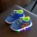 Infantil Primavera Outono 2016 DIODO EMISSOR de luz sapatos meninas menino sapatos sapatos casuais calçados esportivos de moda tênis brilhantes para crianças 21-31