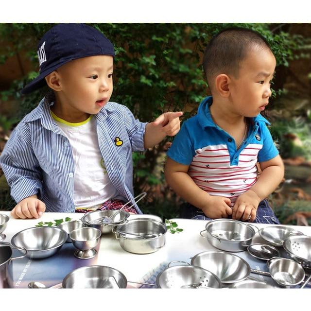 Hot 1 Conjunto 16 Pcs Pretend Play Toy Playhouse Crianças Conjunto de Cozinha Simulação de Brinquedo Em Miniatura de Aço Inoxidável Utensílios de Mesa de Ano Novo presente