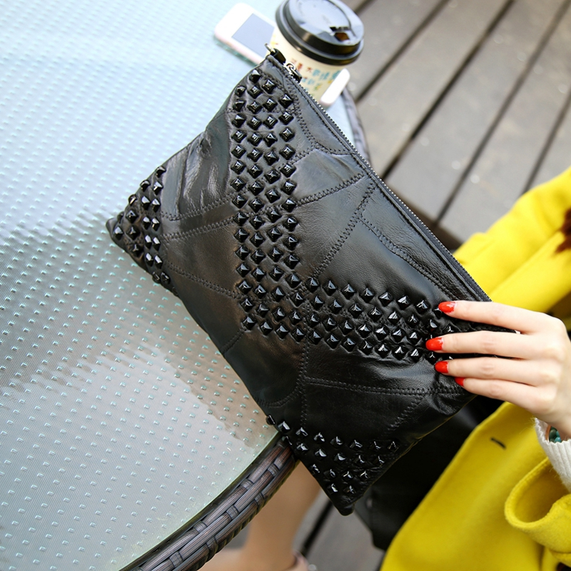 ФОТО 2017 Genuine Leather Women Clutch Bags Rivet  Purse Sheepskin Envelope Evening Party Handbags Day Clutches Ladies Beautician