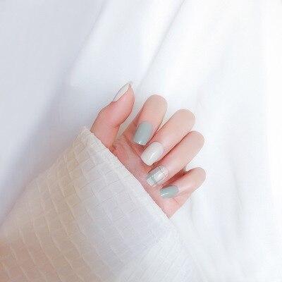 Nouveau blanc et vert clair faux ongles Style frais couverture complète faux ongles tempérament élégant pour dame quotidien avec autocollant de colle