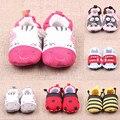 Lovely Baby Meninos Meninas Clássico Lazer Primeiros Caminhantes Sapatos Recém-nascidos de Desenhos Animados Da Criança Sapatos Macios Sapatos Chinelo Sapatos Berço Do Bebê V49