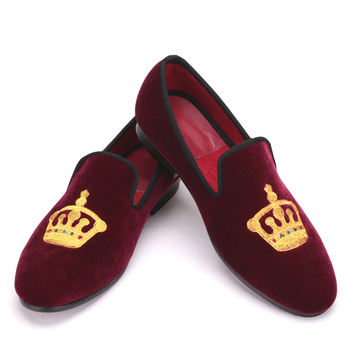 Embroidered Gold Crown Designg Slippers Men wedding and party shoes Men Velvet Shoes Fashion chaussures hommes en cuir