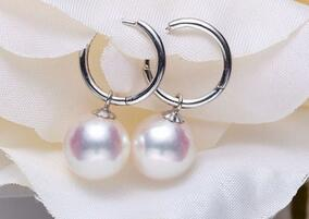 free shipping >>noble jewelry Wholesale a Pair of Natural 10-11mm South Seas White Pearl Earrings