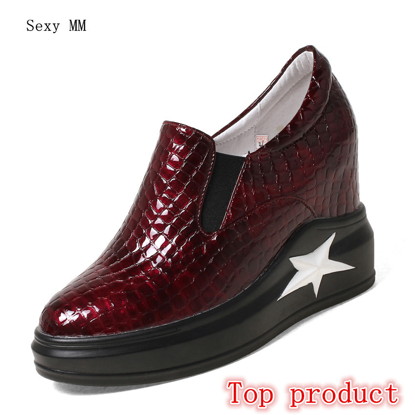 Genuine Leather Wedges Slip On Shoes Women Flats Loafers Wedge Casual Height Increasing Flat Walking Shoes Plus Size 33 - 40Genuine Leather Wedges Slip On Shoes Women Flats Loafers Wedge Casual Height Increasing Flat Walking Shoes Plus Size 33 - 40