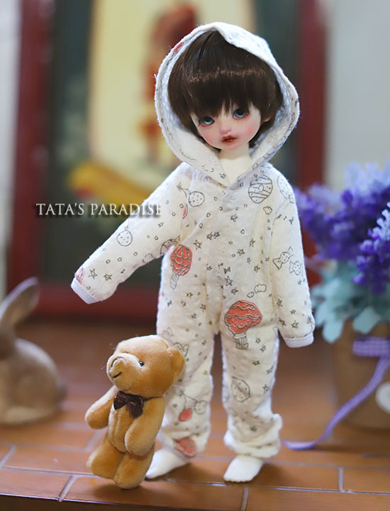 1/6  YOSD BJD SD DD doll accessories doll clothes white baby pajama for bjd sd doll 1 6 1 4 1 3 bjd sd dd doll accessories doll clothes red fleece for bjd sd doll