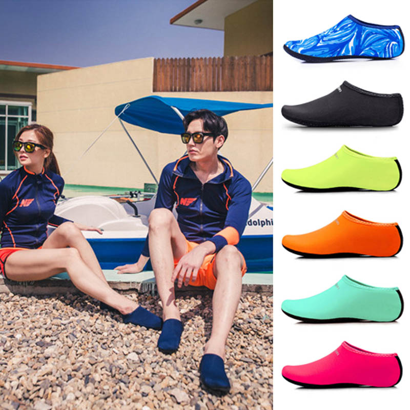 Hot Selling Men Women Aqua Skin Shoes Beach Water Socks Yoga Exercise Pool Swim Slip On Surfing Shoes