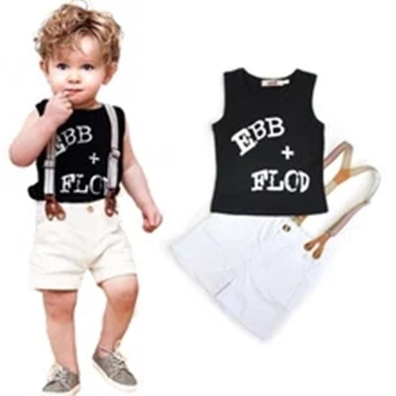 513b8bbe1e987 بنين موضة البدلة تي شيرت + bib مجموعة ملابس 2 أجزاء حرف الأبجدية تي شيرت الاطفال  ملابس الأطفال حزام السراويل مجموعة الشحن سفينة