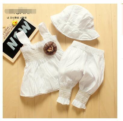 Бесплатная доставка новый летний комплект одежды младенца Цветы Белый соболезновать пояс + брюки + шляпа 3 шт. новорожденных детская одежда набор