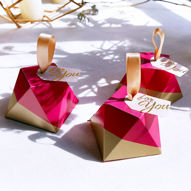 New Rose Red Diamond Shape Candy Box Wedding Favors and Gifts Box Party Supplies Paper Gift Chocolate Boxes Packages