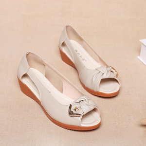 Image 5 - Женские босоножки из натуральной кожи GKTINOO, однотонные повседневные Летние босоножки на плоской подошве, винтажные сандалии, большие размеры