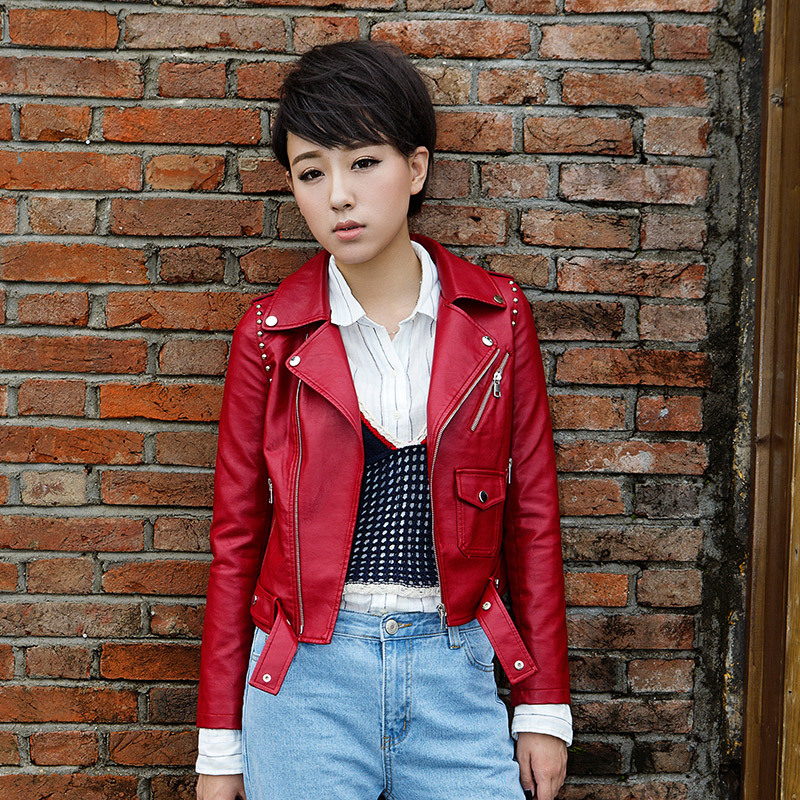 2017 Autumn Black Rivets   Leather   Jacket Women Short Washed PU Faux   Leather   Biker Jackets Epaulet Beading Casaco De Couro 16B1667