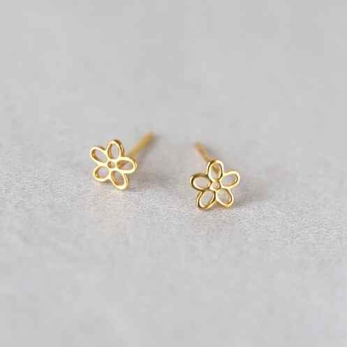 Daisies 1pc New Fashion Stud Earrings Cute Flower Earrings Gold Silver Earrings For Women Jewelry