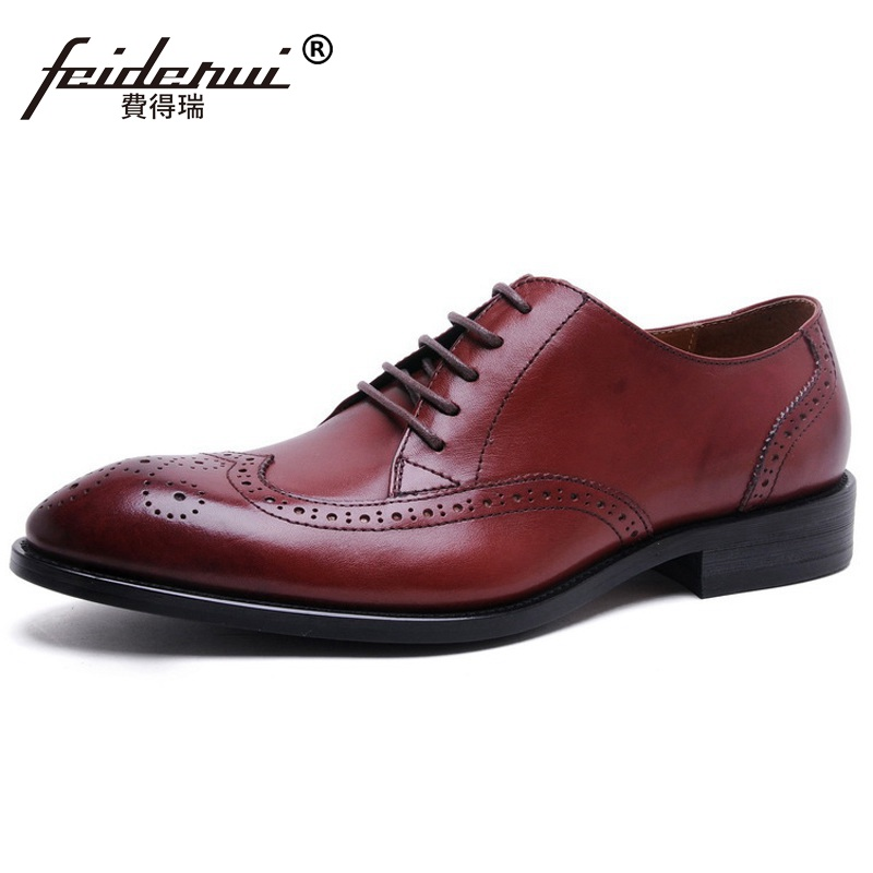 British Style Wing Tip Man Formal Dress Shoes Vintage Genuine Leather Carved Oxfords Round Toe Derby Men's Brogue Flats TH73 ruimosi british style brand man formal dress shoes vintage genuine leather brogue oxfords pointed toe men s wing tip flats ce38