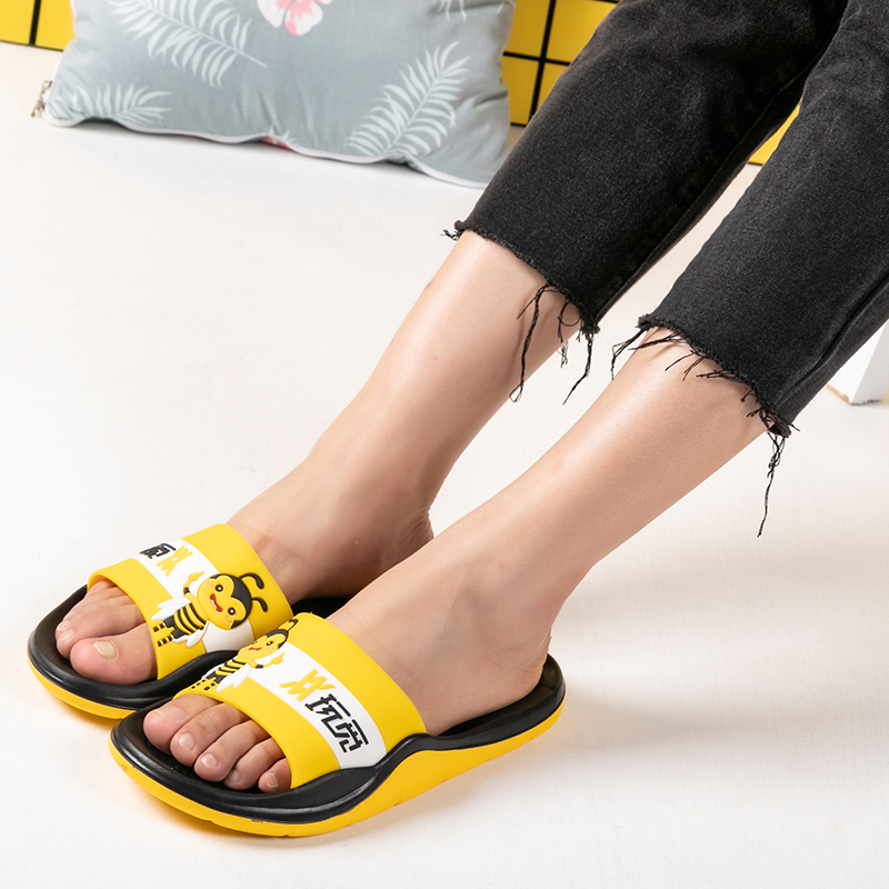 ONEMIX Flip Flop Women Flats Slippers 2019 New Arrival Lovely Bee Comfortable Couple Beach Wading Shoes Sandals Men Casual Shoes