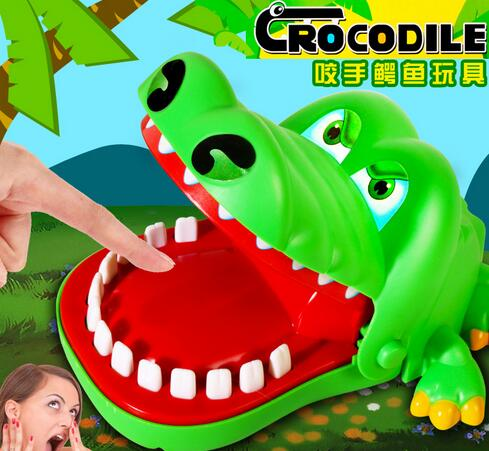 Creative Practical Jokes Mouth Tooth Alligator Hand Children's Toys Family Games Classic Biting Hand Crocodile Game YH355