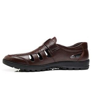 Image 2 - Yween Big Size Mannen Sandalen Modieuze Lederen Sandalen Mannen Outdoor Casual Schoenen Ademende Visser Schoenen Mannen Strand Schoenen
