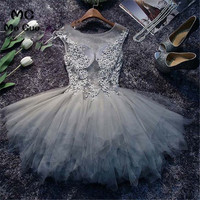 Lovely 2018 Grey Graduation Dresses Party Dress Homecoming Dresses Short with Appliques Tulle Homecoming Cocktail Dresses