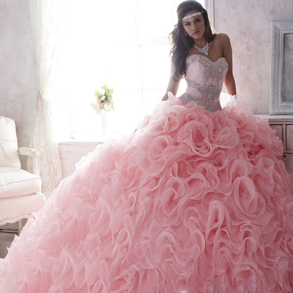 7735b8f5f32 Romantic Pink Lace Sweetheart Detachable Skirts Quinceanera Dresses Ruffled  Organza Beaded Ball Gown Lace up Party Dress 2017-in Quinceanera Dresses  from ...