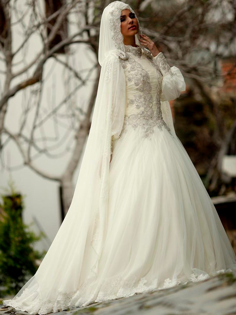 Demure Full Sleeve High Neck Zipper Up Arab Wedding Dresses Beading  Sequines Pearls Indian Saree Robe De Mariage Musulman 187295d38b00