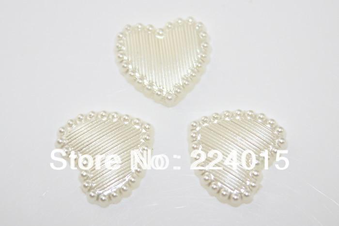 4851f663cbad Livraison Gratuite 100 Pcs 14mm Gros Ivoire Blanc Acrylique Coeur Perle de  Faux Cabochon Patch Couverture Fit Résultats de Bijoux DIY, B0929
