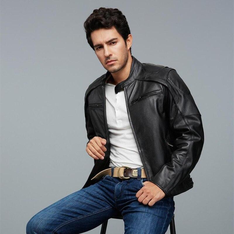 Черный воловьей мотоциклетная куртка Серебристые черепа Узор Натуральная кожа куртки и пальто Мужчины Байкер Куртки pretetive