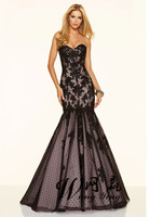 Fashionable Mermaid Style Sweetheart Lace With Crystals Beading Black Long Prom Dress Dotted Tulle Corset Back