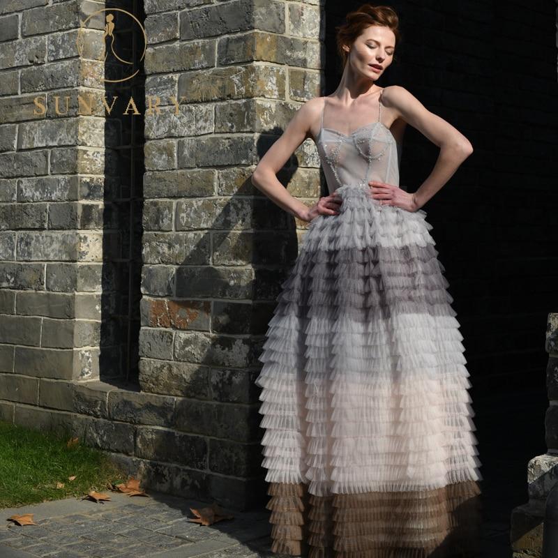 सनवरी ट्यूले बॉल गाउन - विशेष अवसरों के लिए ड्रेस