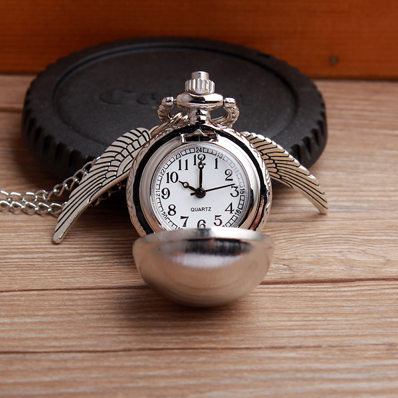 MONTRE GOUSSET VIF D OR HARRY POTTER COLLIER AILES PENDENTIF