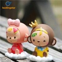 LeadingStar Mignon Couronne Singe Ornements Creative Figurine Décoration De Voiture Enfants Jouets