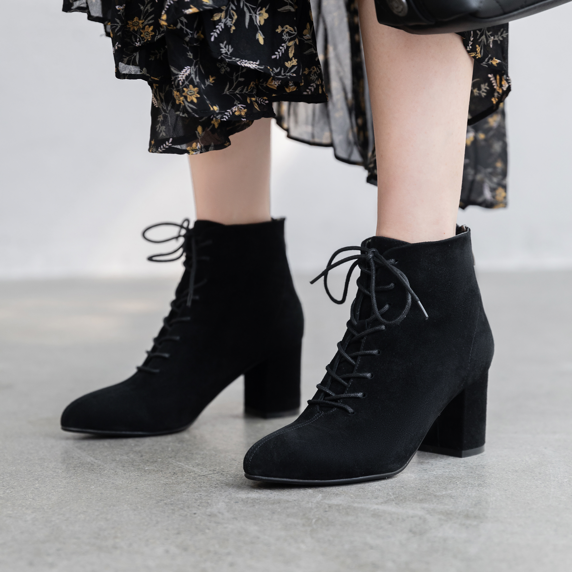 Winter Boots Women Lace Up Leather Boots Women Fashion Ankle Boots for Women 5cm in Ankle Boots from Shoes