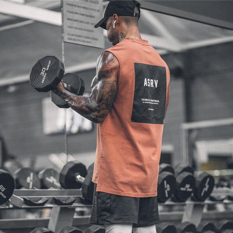 Più nuova Estate Uomini di Marca Maglia Fondo Arrotondato Serbatoio Bodybuilding Casual Stampa Palestre Traverse di Abbigliamento di Fitness Maschile Serbatoi Top 3 Colori