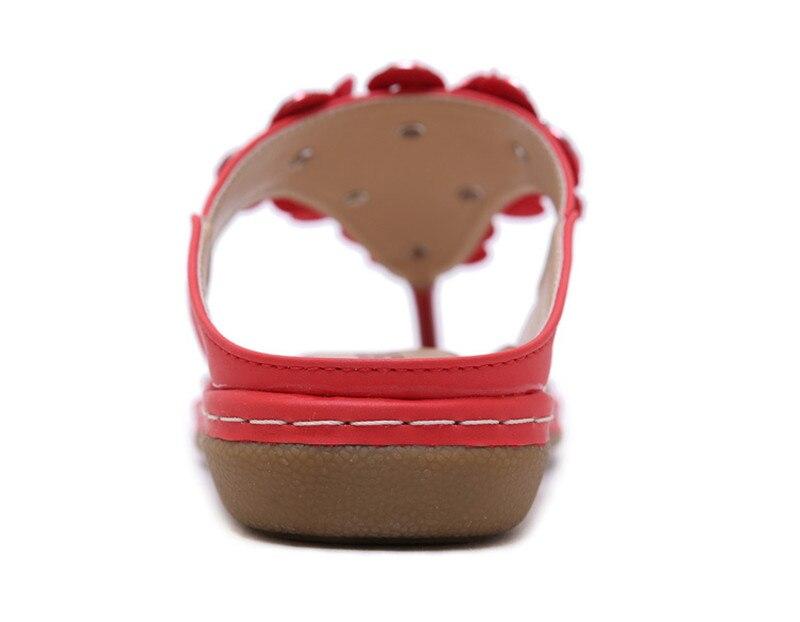 New 2019 ethnic women`s sandals cross-border bohemian rhinestones large size comfortable flat shoes beach shoes (36)
