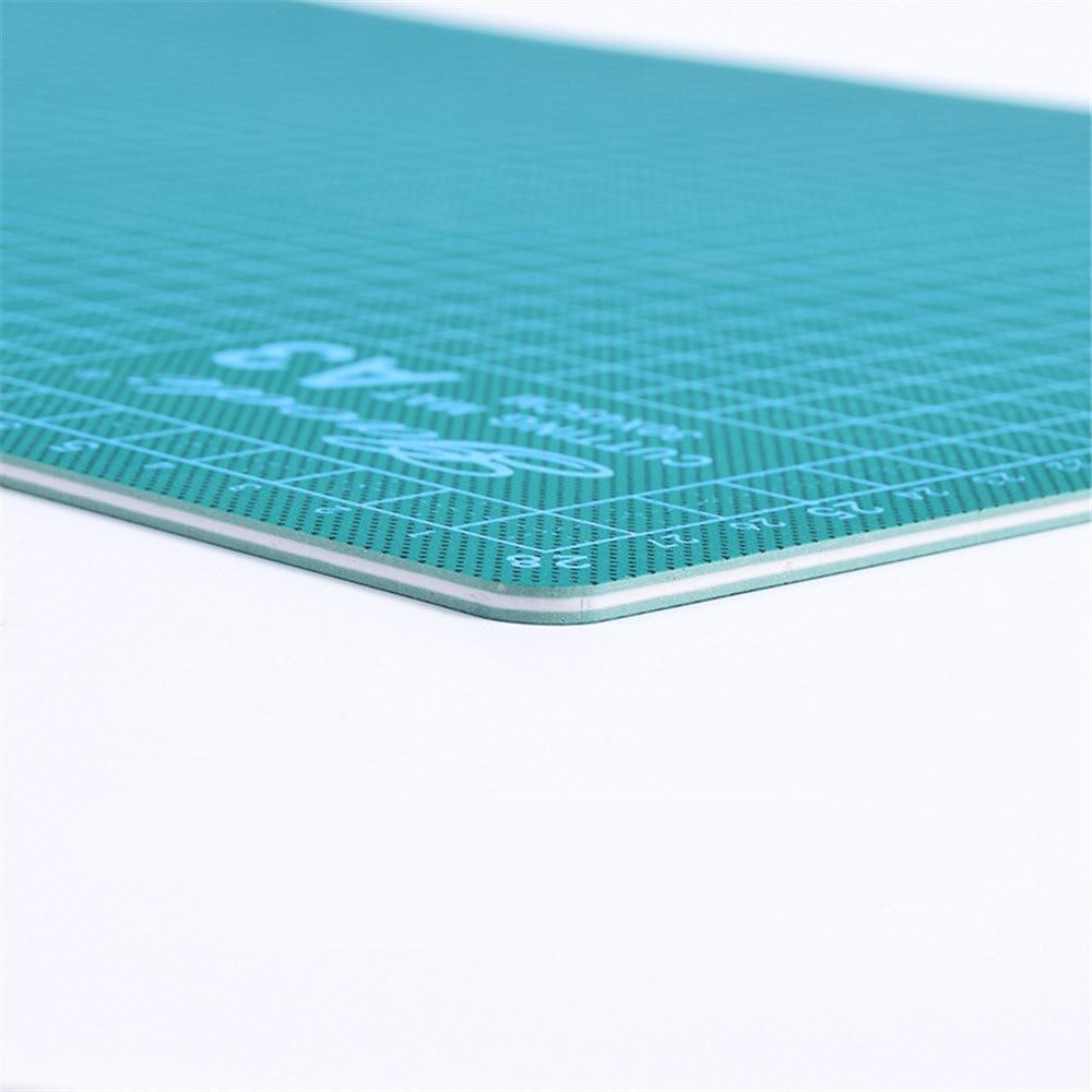New Cutting Mat A3 Pvc Rectangle Self Healing Thicker White Core  Desktop Protection Mat Craft Dark Green 45cm * 30cm*0.3cm