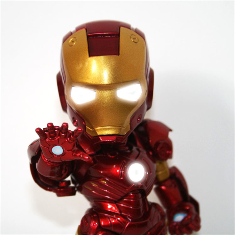 The Avengers Q Version Iron Man Action Figure Collection Toys SuperHero LED Flash Light Dolls 15cm PVC Chritmas Gift Toys HZW036