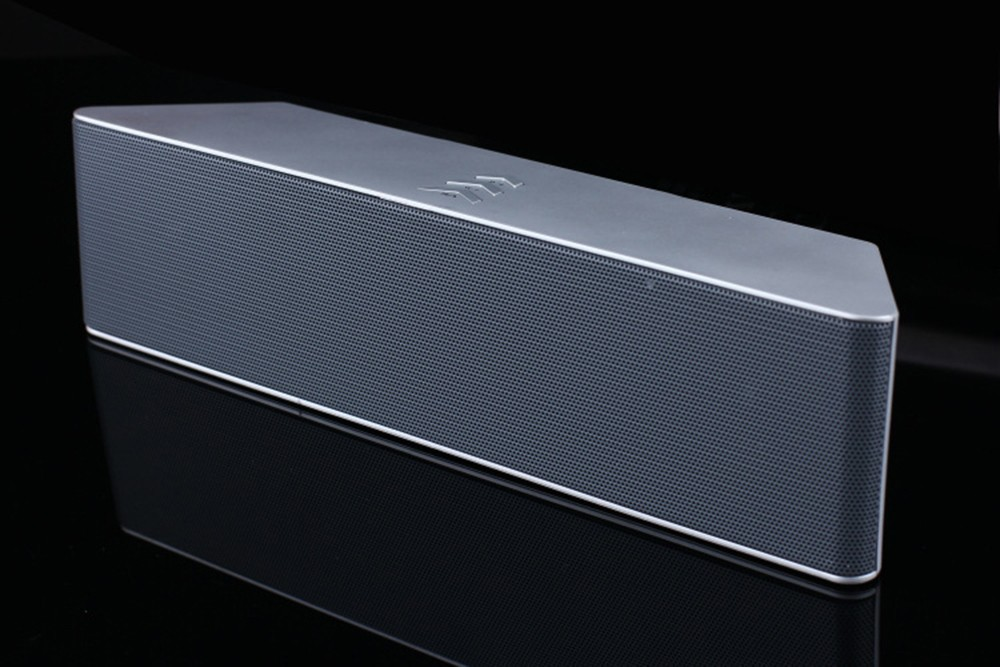 Super Bass Portable Bluetooth Speaker 4.0 Big Powerful 10W Soundbar Wireless Stereo Sound Box with DSP Noise Reduction Mic (24)