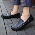 Primavera y otoño recién llegado hombres planos de hombre mocasines hombres del cuero genuino de moda de cuero casual zapatos pedal