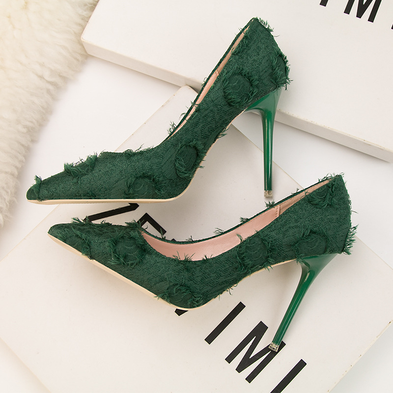 Spring 2019 Korean Version Fashion Retro Simple Wool Pointed Women 39 s Shoes Shallow Sexy Nightclub Single Shoes High Heels in Women 39 s Pumps from Shoes
