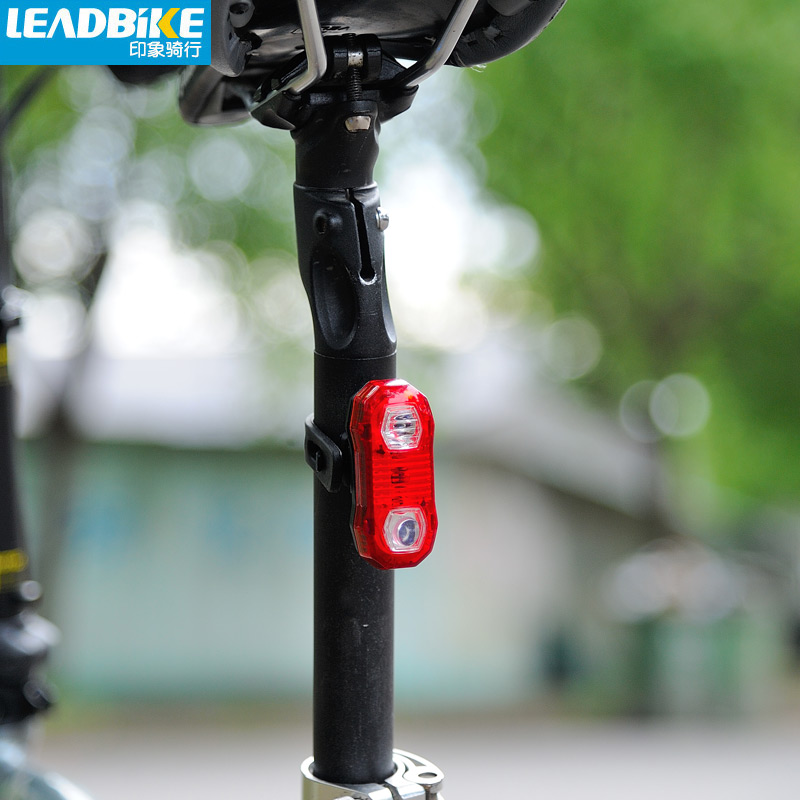 Leadbike 5 LED De Vélo Arrière Feu arrière Casque De Vélo Rouge Flash lumières 2 Modes Vélo Avertissement de Sécurité Lampe De Vélo Laser Arrière Lumière