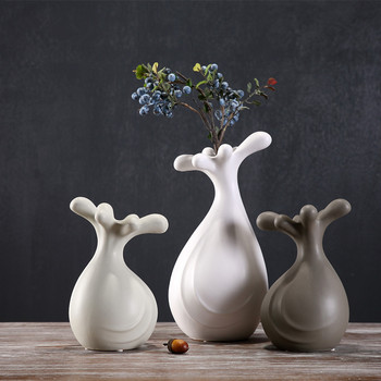Cute art abstract ceramic vase flower insert room decorations home decor handicrafts porcelain flowers vases figurines gifts