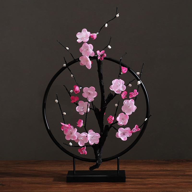 Plum Blossom Iron Round Shape Figurines Home Table Accessories Modern Livingroom Desktop Ornament Zen Mascot Decoration R1591
