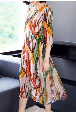 Robe confortable robe en soie et timbre mosaïque Shuangzhou soie nouveau printemps et été 2018