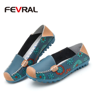 Image 4 - FEVRAL Women Casual Shoes Genuine Leather Boat Comfortable Soft Gommino Flat Ventilation Fashion Printing Shoes Woman 4 Color