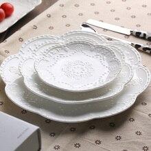Nuevo 2016 de Encaje Blanco Platos y Placas en relieve Ronda vajilla de cerámica de China de Hueso plato de postre/fruta/placa de la torta