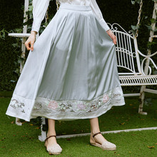 LYNETTE S CHINOISERIE Spring summer new arrival goldenbarr elegant ash patchwork embroidered rose expansion bottom font