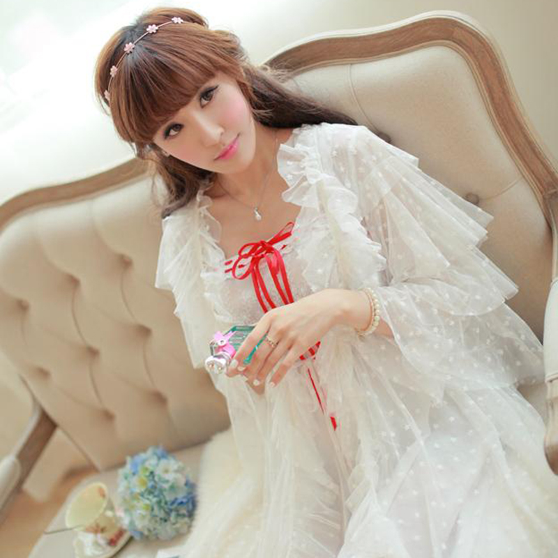 Princess White Long Sleeping Dress Female Sweet Lace Gauze Robes+Nightdress Two-Piece Vintage Royal Women Sleepwear SA16003