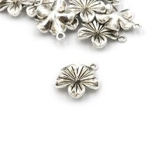 10Pcs Vintage Antique Silver Flower Pendant Charm For Jewelry Finding Diy Handmade Bracelet Necklace Accessories