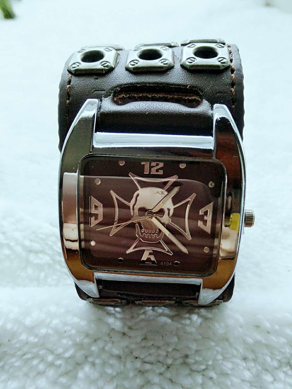 Cool Rock Stylish Skull Wrist Watch Men Boy Accessories Mens Gothic Style Sport Wriswatch Trendy Quartz-watch Relogio Masculino