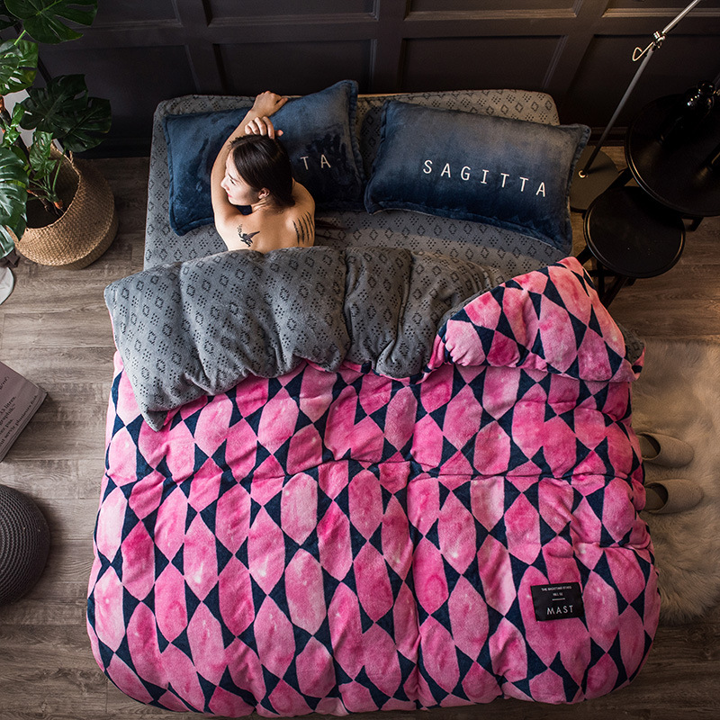 2018 Spring high quality fresh and thickening of the bedding set Flannel and Coral fleece cotton bed linen duvet cover sets2018 Spring high quality fresh and thickening of the bedding set Flannel and Coral fleece cotton bed linen duvet cover sets